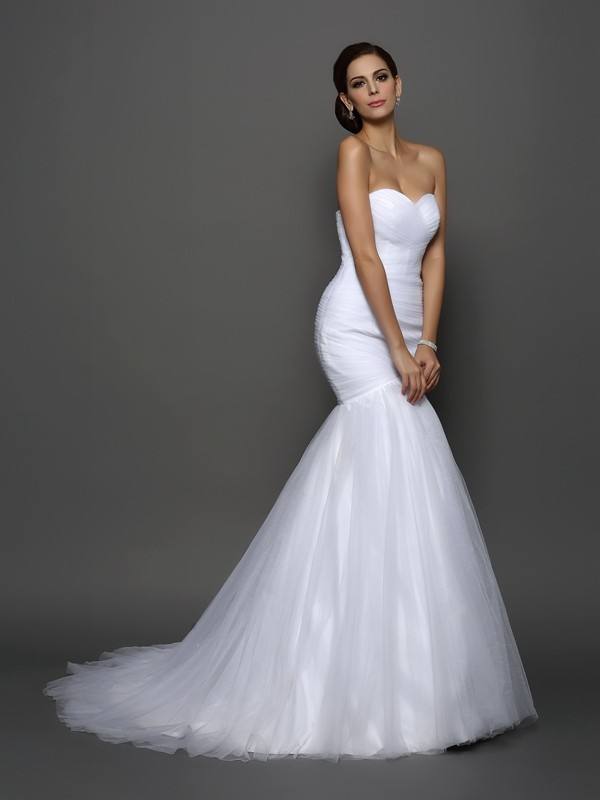 Trumpet/Mermaid Pleats Sweetheart Sleeveless Court Train Net Wedding Dresses