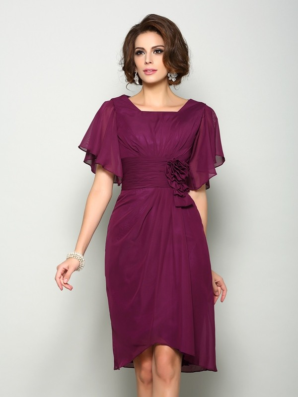A-Line/Princess Hand-Made Flower Square Short Sleeves Knee-Length Chiffon Mother of the Bride Dresses