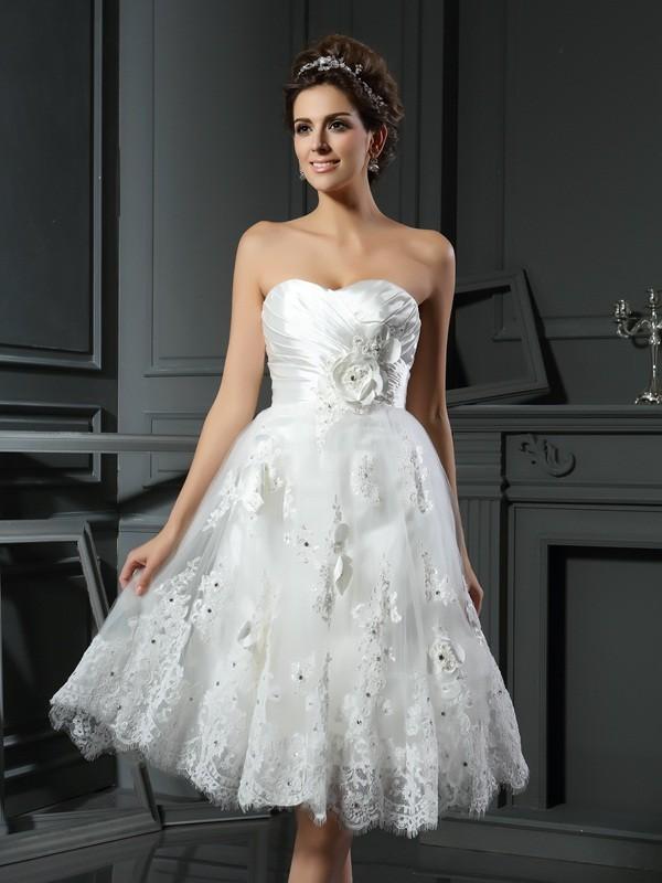 A-Line/Princess Ruched Sweetheart Sleeveless Short/Mini Satin Wedding Dresses