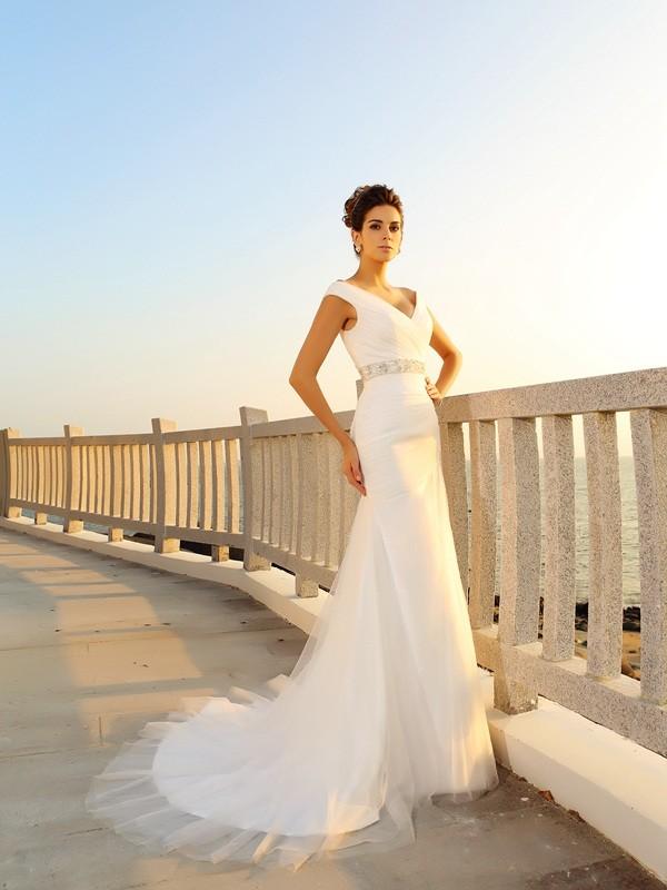 Sheath/Column Pleats V-neck Sleeveless Court Train Net Wedding Dresses