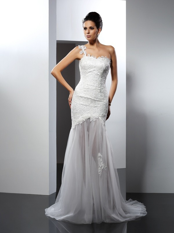 Trumpet/Mermaid Lace One-Shoulder Sleeveless Chapel Train Lace Wedding Dresses