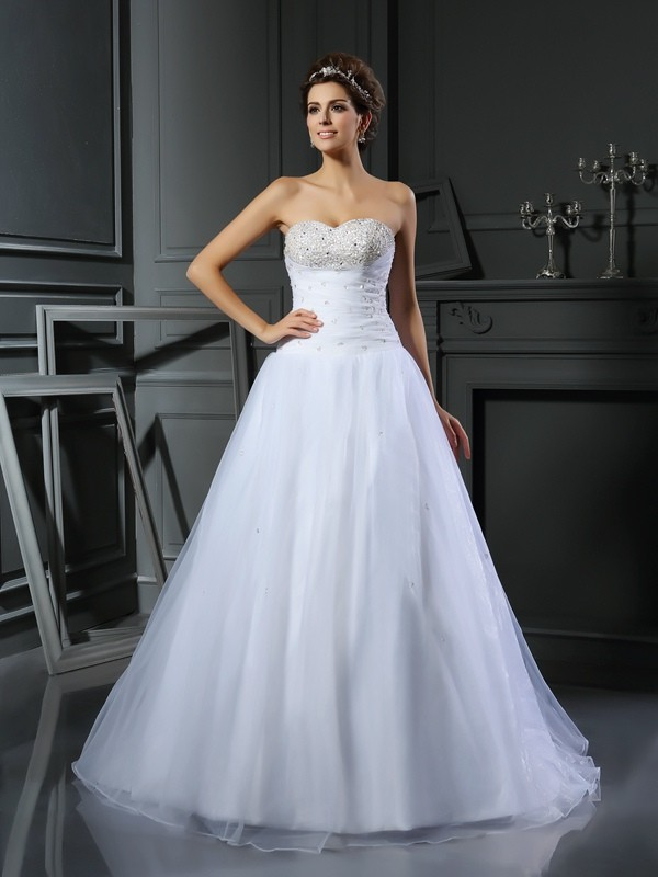 Ball Gown Beading Sweetheart Sleeveless Court Train Satin Wedding Dresses