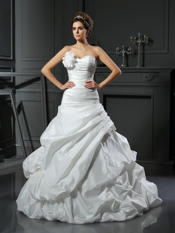 Ball Gown Hand-Made Flower Sweetheart Sleeveless Cathedral Train Satin Wedding Dresses