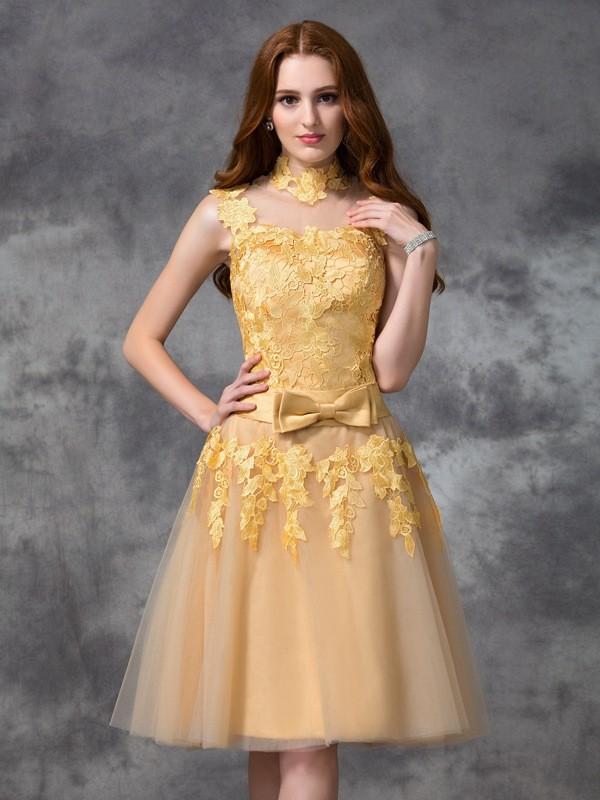 A-Line/Princess Applique High Neck Sleeveless Short/Mini Lace Dresses