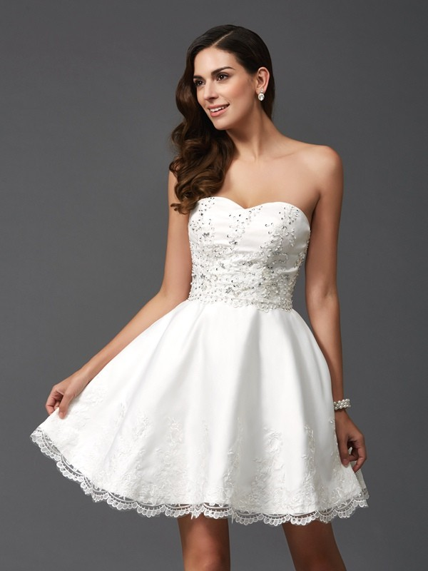 A-Line/Princess Beading Sweetheart Sleeveless Short/Mini Satin Dresses