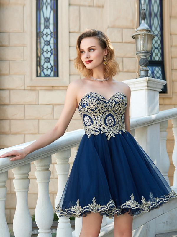 A-Line/Princess Applique Sweetheart Sleeveless Short/Mini Net Dresses