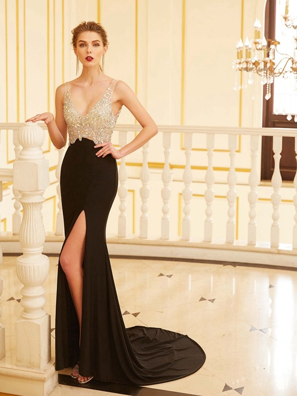 Sheath/Column Beading V-neck Sleeveless Sweep/Brush Train Spandex Dresses