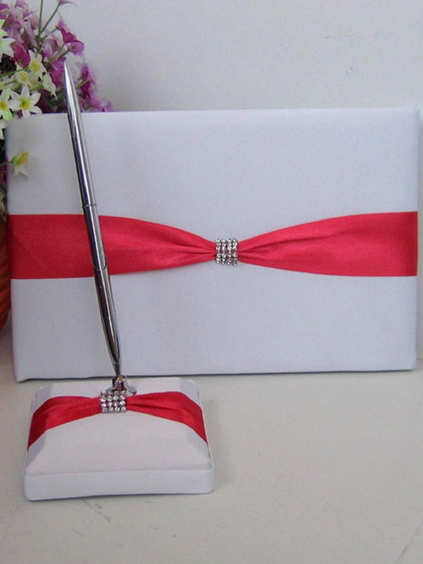 Awesome Cloth With Rhinestone Guestbook & Pen Set