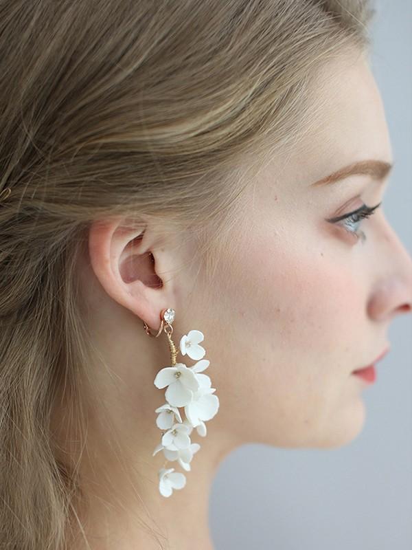 Sweet Alloy With Flower Women's Earrings