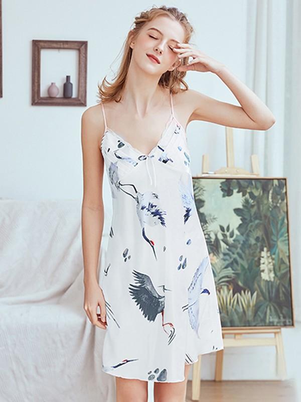 Chic V-Neck Silk like Satin Print Pajamas
