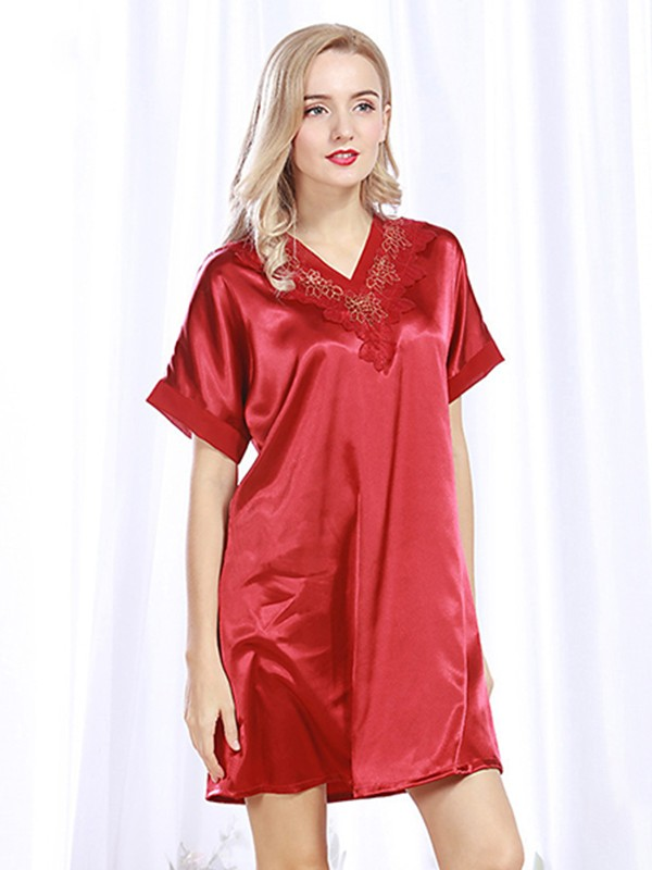Comfortable Silk like Satin With Applique Pajamas