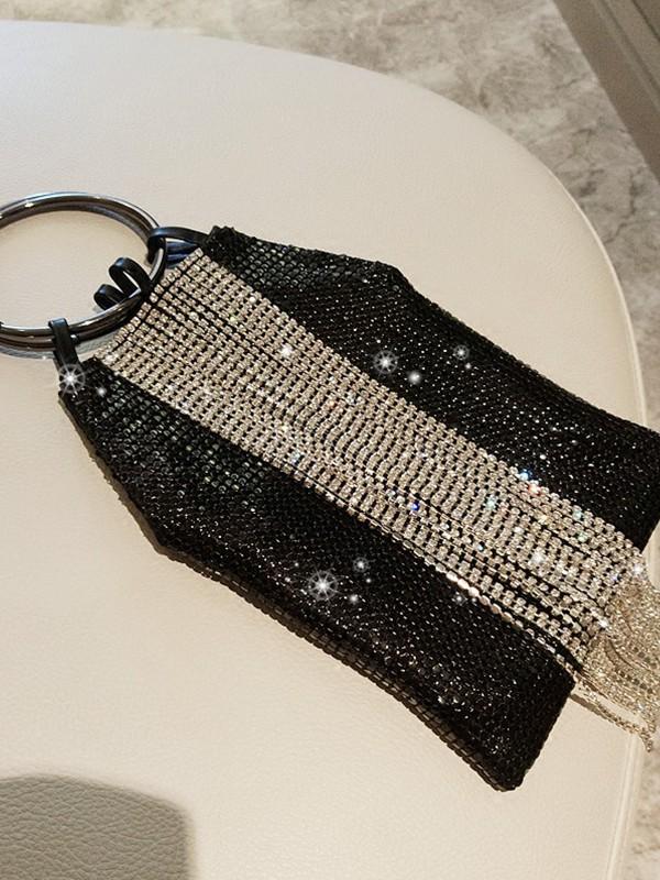 Trending PU Evening/Party Handbags With Sequin