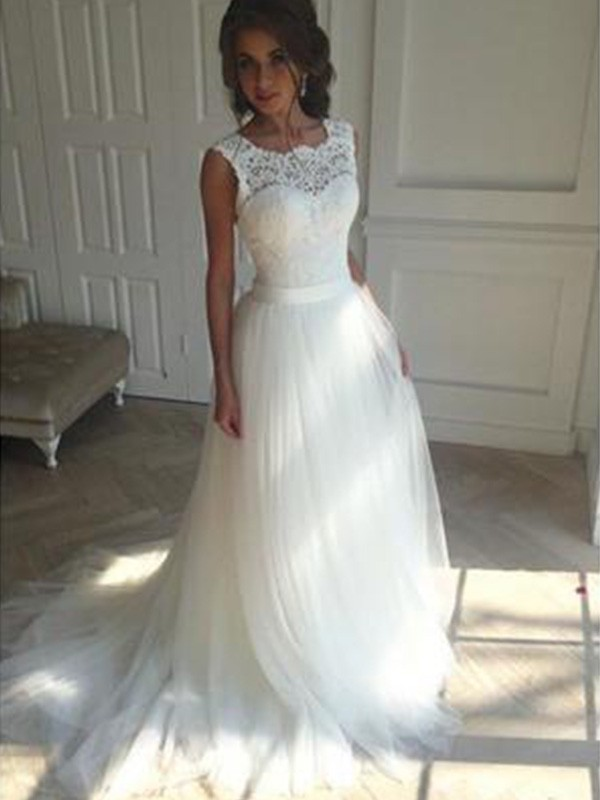 A-Line/Princess Beading Square Sleeveless Court Train Tulle Wedding Dresses