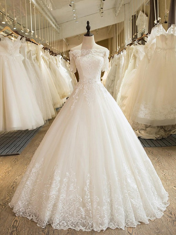 Ball Gown Applique Off-the-Shoulder 1/2 Sleeves Floor-Length Tulle Wedding Dresses