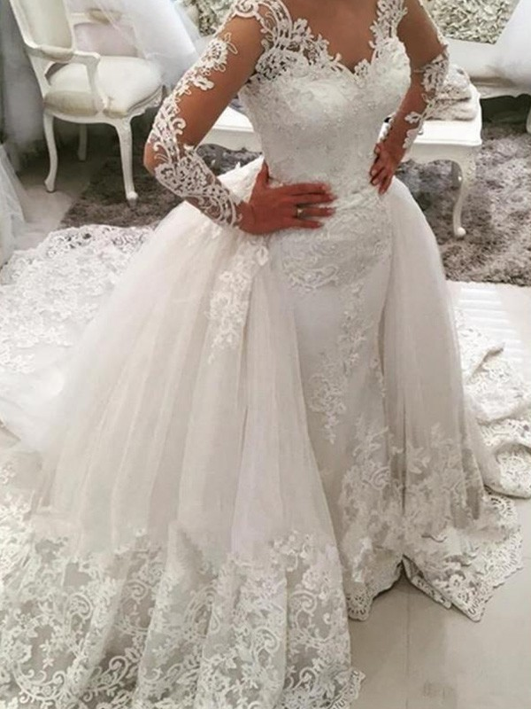 Ball Gown Applique V-neck Long Sleeves Cathedral Train Tulle Wedding Dresses