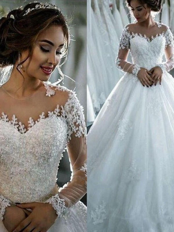 Ball Gown Beading Bateau 3/4 Sleeves Court Train Tulle Wedding Dresses