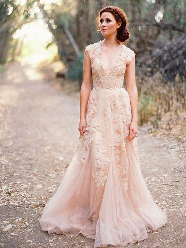 A-Line/Princess Applique V-neck Sleeveless Sweep/Brush Train Tulle Wedding Dresses