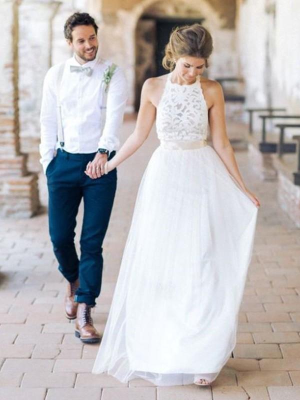 A-Line/Princess Sash/Ribbon/Belt Halter Sleeveless Floor-Length Tulle Wedding Dresses