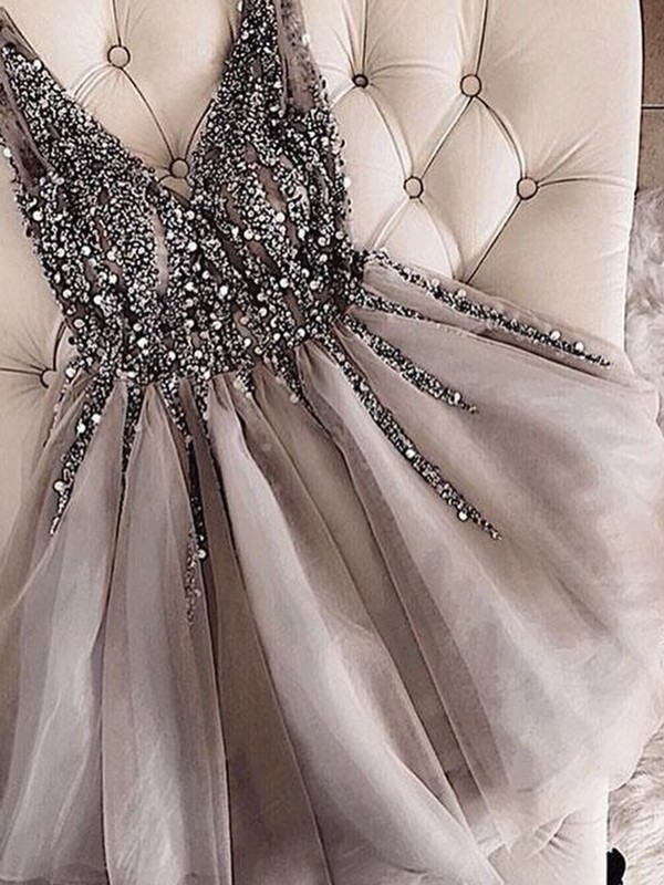 A-Line/Princess Sequin V-neck Sleeveless Short/Mini Tulle Dresses