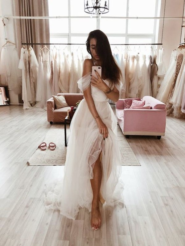 A-Line/Princess Tulle Ruffles Off-the-Shoulder Sleeveless Sweep/Brush Train Wedding Dresses