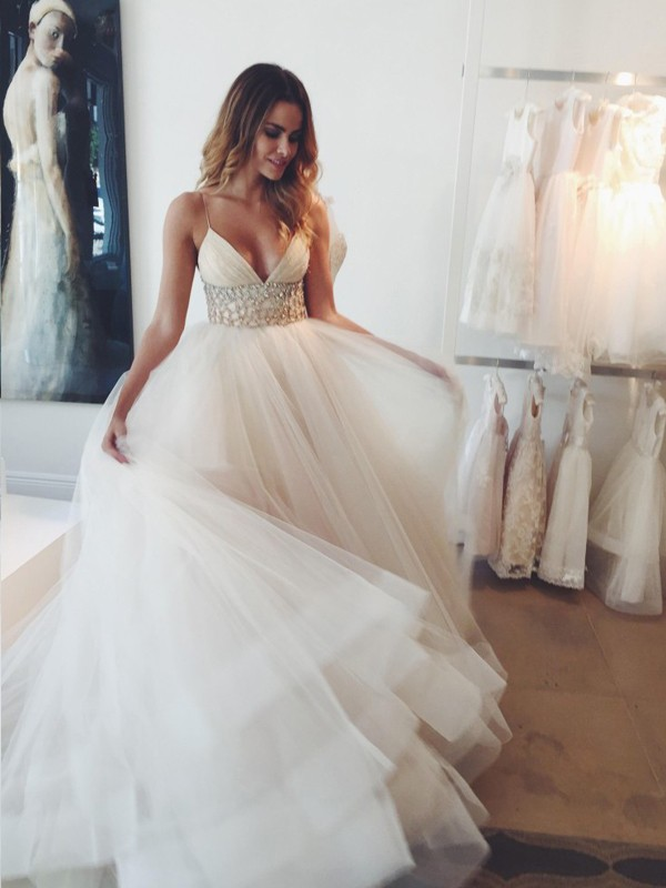 Ball Gown Crystal Spaghetti Straps Sleeveless Court Train Tulle Wedding Dresses