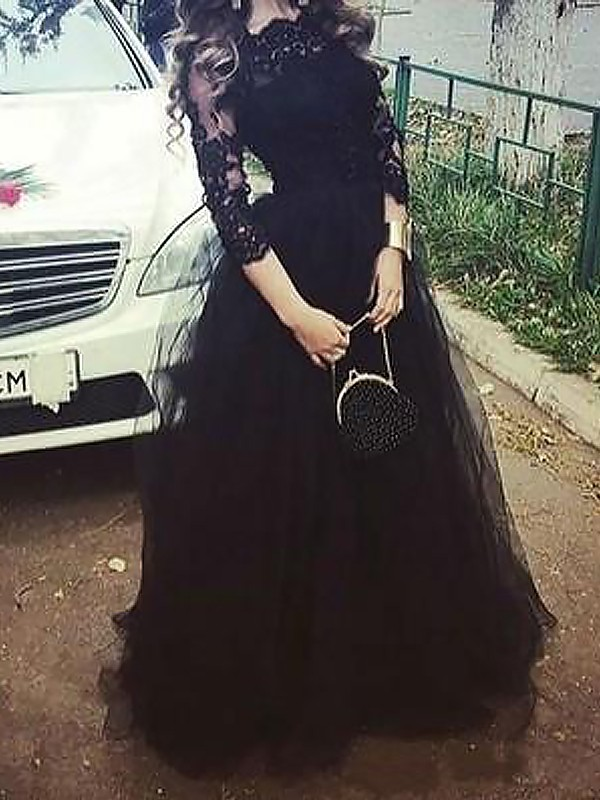 Ball Gown Lace Bateau 3/4 Sleeves Floor-Length Tulle Dresses