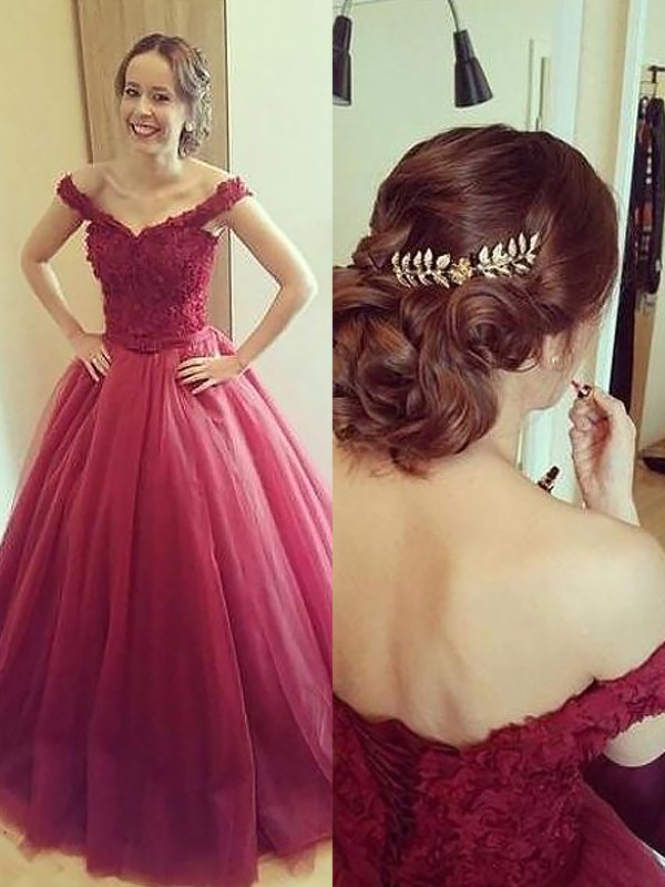 Ball Gown Applique Off-the-Shoulder Sleeveless Court Train Tulle Dresses
