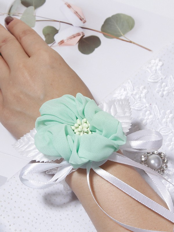 Lovely Cloth Wrist Corsage